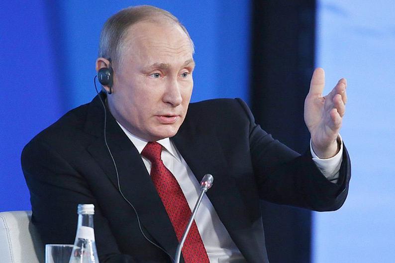 Путин счел странной невыдачу Японией виз крымчанам