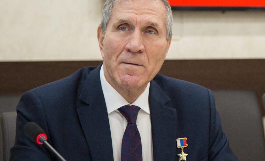 Анатолий Кнышов
