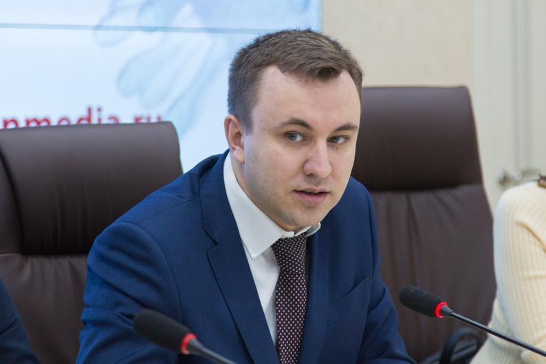 Илья Зотов