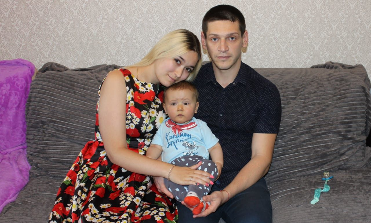 Смертельно, Смертельно опасно смеяться и плакать: маленькому Вове из Крыма осталось собрать на операцию 9 млн рублей