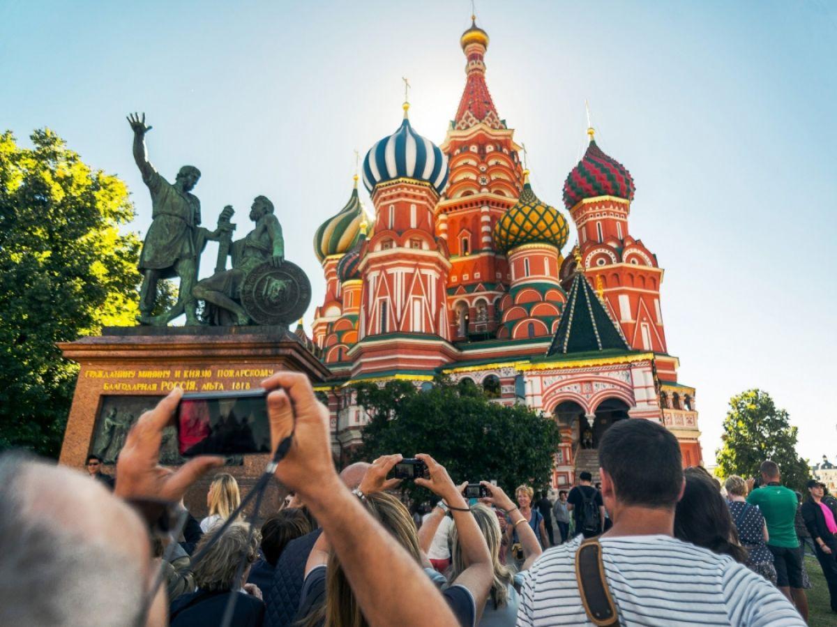 красную экскурсии по россии нравилась