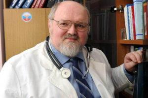 """Роспотребнадзор, """"Творят чудовищные вещи"""": профессор обвинил Роспотребнадзор в смертях медиков"""