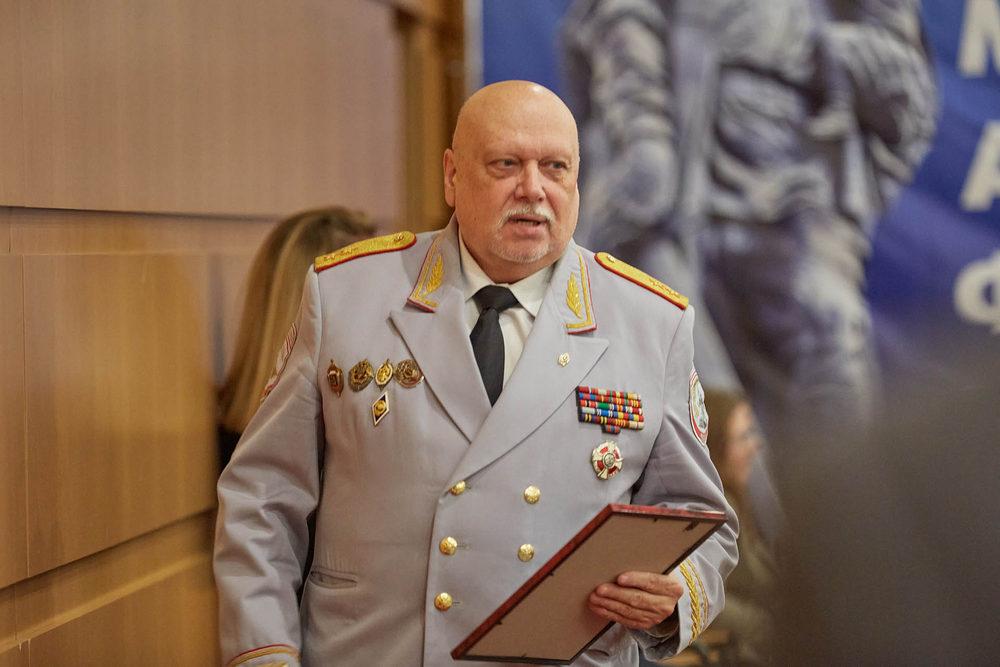Генерал МВД Александр Михайлов