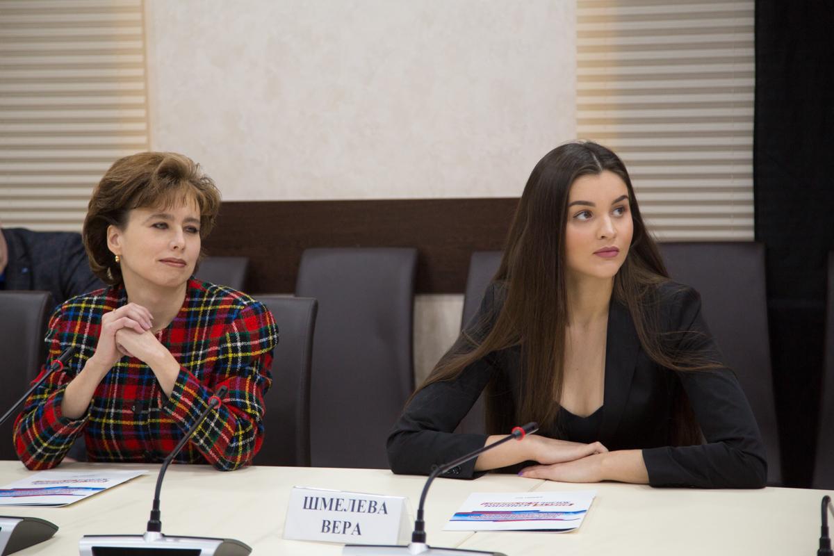 Алёна Морозова и Вера Шмелёва