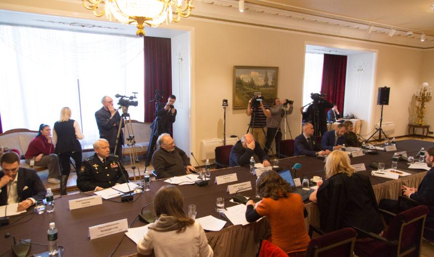 Круглый стол «Всероссийская вакцинация или угроза национальной безопасности»