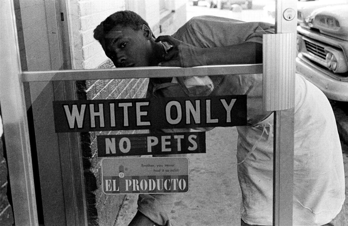 Тоолько для белых