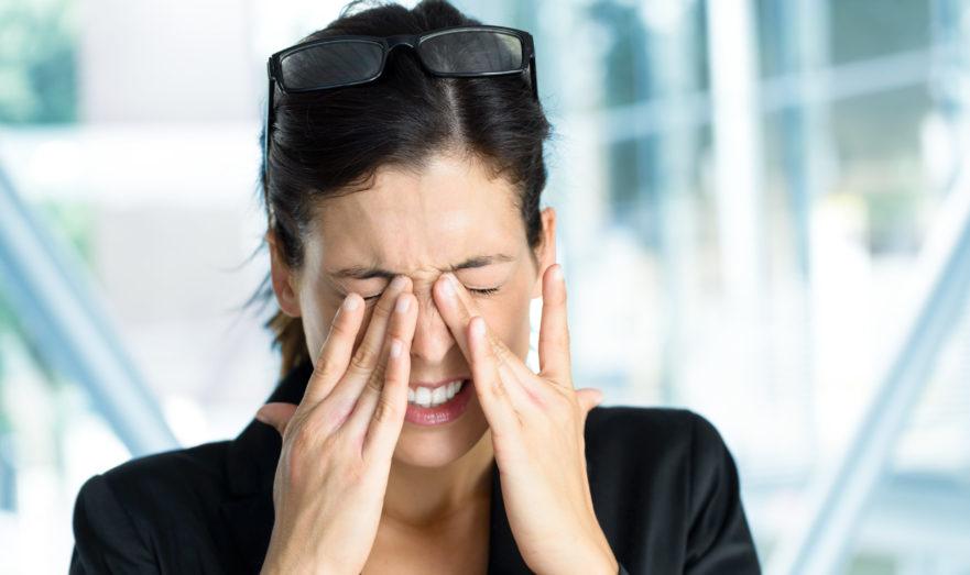 Ухудшение зрение после вакцинации от COVID-19: Врачи рассказали, как сгладить этот побочный эффект